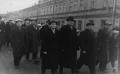 Руководителю культучреждений автолзавода на первомайской демонстрации. к.1960-н.1970-х